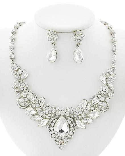 Image 0 of Victorian Rhinestone Necklace and Earring set