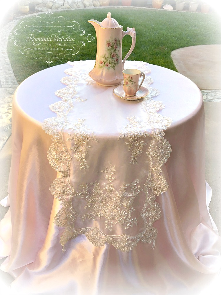 Image 0 of Romantic Victorian Beaded Table Runner