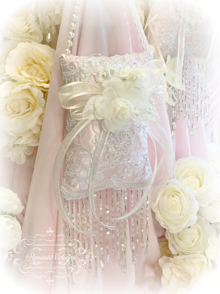 Image 0 of Ivory Pink Victorian Sachet