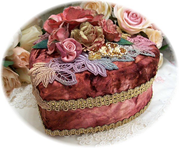 Image 6 of Silk Velvet Heart Box