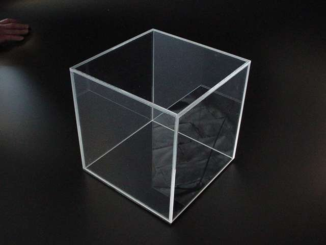 4 sided clear acrylic box 18 x 18 x 18 polished edges. Black Bedroom Furniture Sets. Home Design Ideas