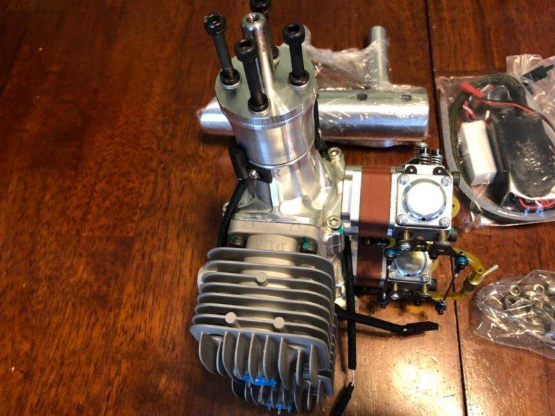 Image 2 of DLA64i2 inline twin cylinder Gasoline aircraft engine