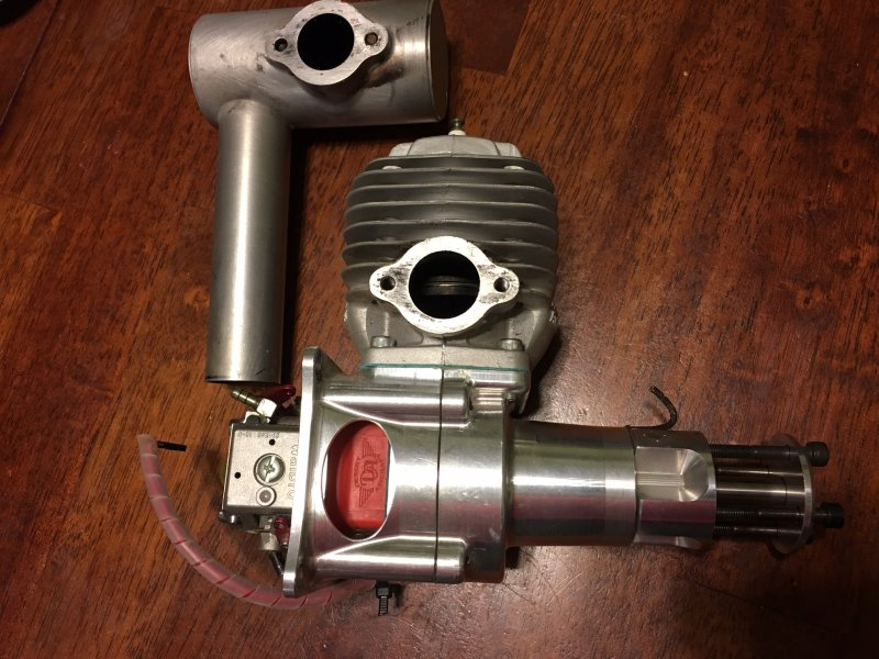 Image 0 of DA60 Aircraft engine with stock muffler and ignition