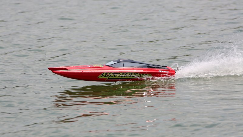 Image 4 of RAGE Super Cat 700BL Brushless RTR Catamaran Boat