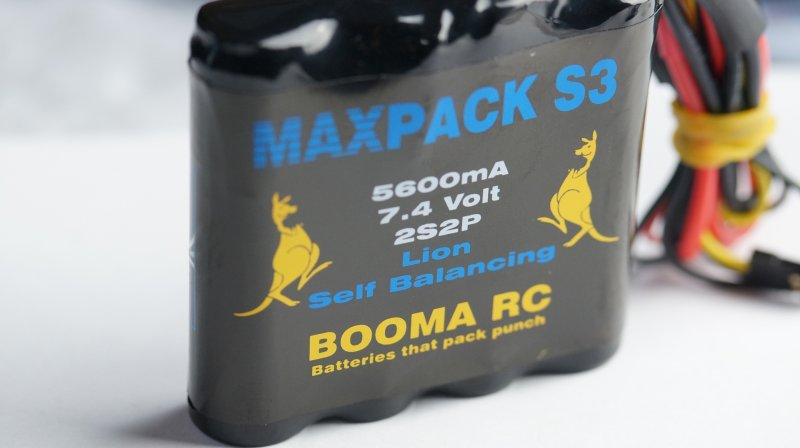 Image 0 of Booma RCFlat 5600 mA Self Balancing Li Ion MAXPACK receiver battery w/ safety ch
