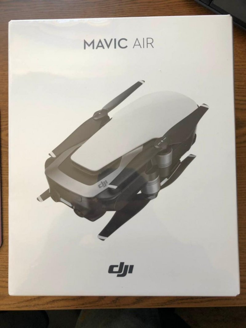 Image 0 of DJI MAVIC AIR RED