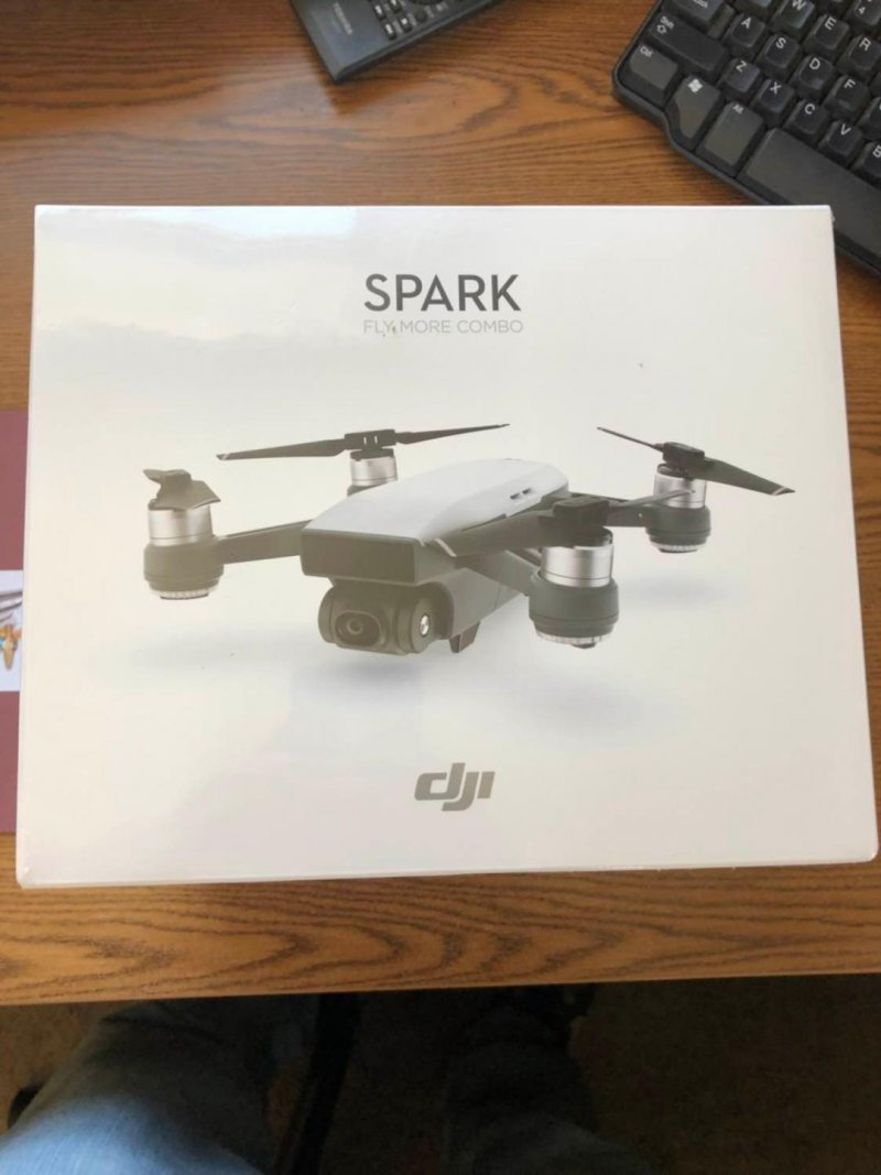 Image 0 of DJI SPARK Fly-more COMBO ( Alpine white)