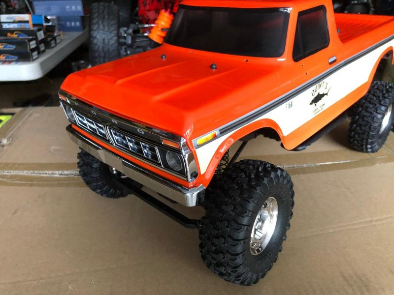 Image 5 of Carisma SCA-1E 1/10 '76 Ford F-150 4WD Scale Crawler RTR, (324mm Wheelbase) Oran