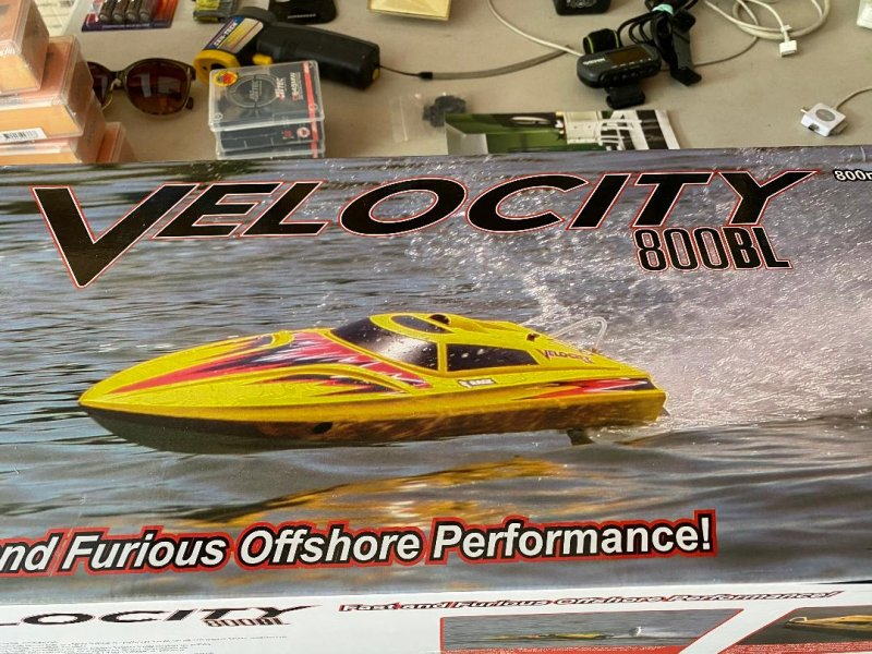 Image 0 of Rage Velocity 800 BL Brushless Deep Vee Offshore Boat, RTR
