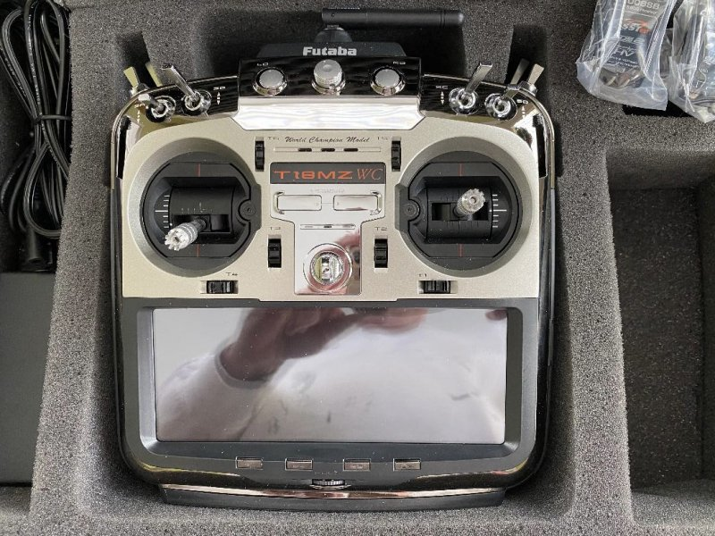 Image 2 of  Futaba18MZA 2.4GHz FASST Aircraft Spec Radio System w/ (2) R7008SB Receivers