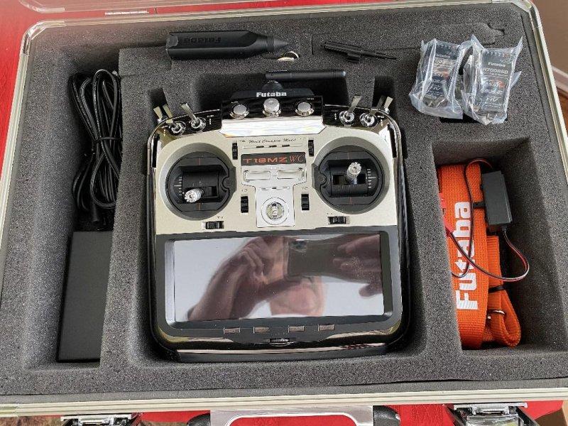Image 1 of  Futaba18MZA 2.4GHz FASST Aircraft Spec Radio System w/ (2) R7008SB Receivers