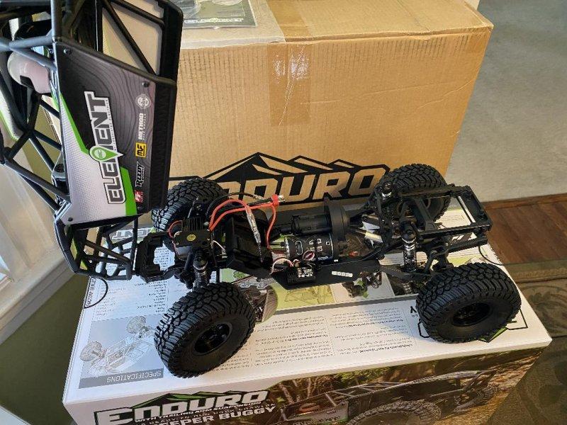 Image 2 of Team Associated Enduro Gatekeeper Rock Crawler Buggy, 1/10, RTR COMBO package