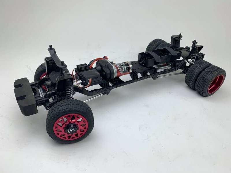 Image 4 of CEN Ford F450 1/10 4WD Solid Axle RTR Truck - Grey