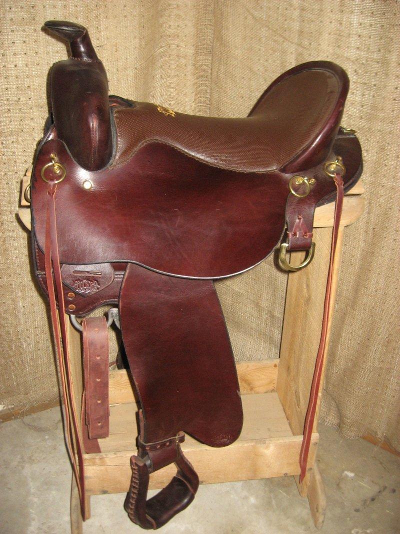 Tucker 262 Gen Ii High Plains Trail Saddle 16 5 Quot Seat