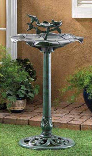 Outdoor Garden Plastic Verdigris Birdbath Centerpiece
