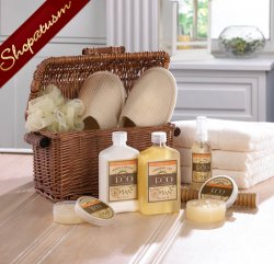 Spa Basket Gift Set, Slippers & Massage Tool Gift Set, Vanilla Ginger Basket