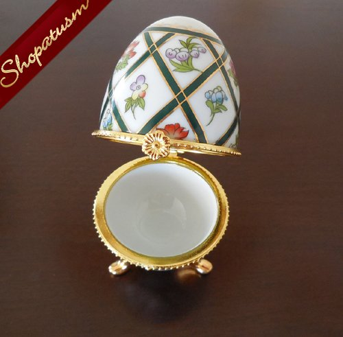 Image 2 of Porcelain Hand Painted Green Gold Floral Fabulous Egg My Treasure