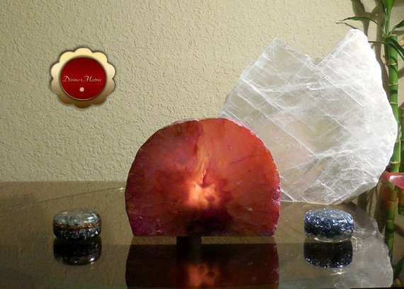 Image 1 of Pink Agate Tealight Candle Holder Crystal Decor