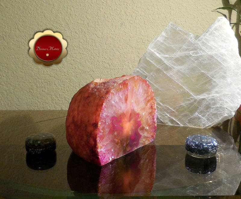 Image 2 of Pink Agate Tealight Candle Holder Crystal Decor