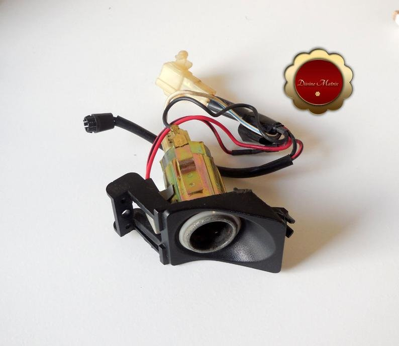 Image 3 of 89 Honda Prelude SI 4WS, Lighter Assembly, 12V socket, Electrical, 39600-SF1-A01