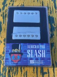 Seymour Duncan Slash APH-2s - Alnico II Pro Bridge/Neck Set - Nickel Covers