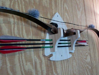 Traditional By Nature Arrow Head Bow Rack Traditional By