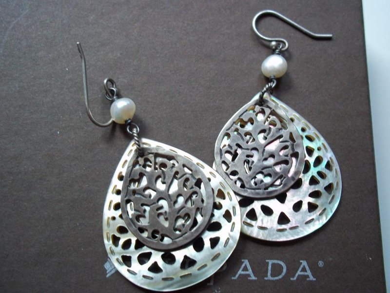 w1525 retired silpada of pearl earrings