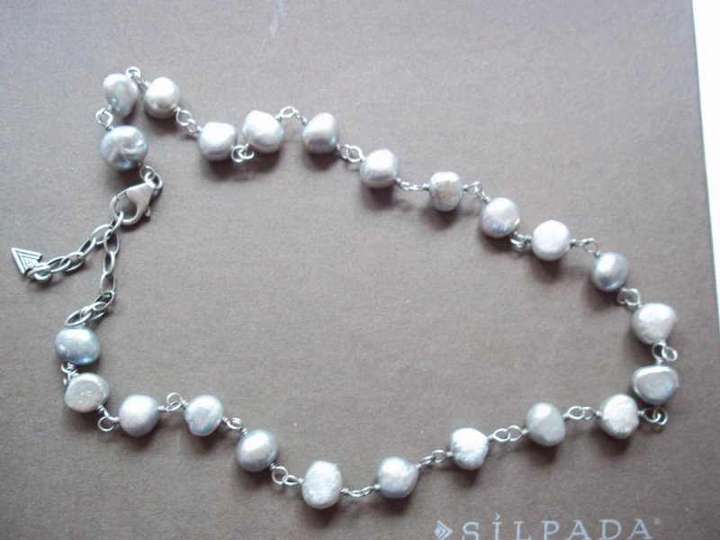 N1800 Retired Silpada Gray Freshwater Pearl Necklace