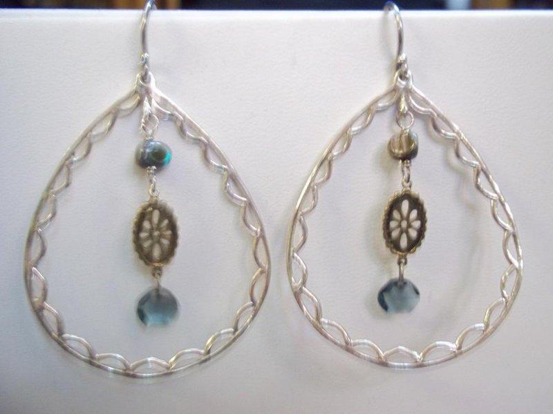 w2426 retired silpada charisma earrings