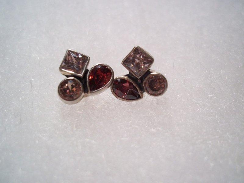 p2743 retired silpada sterling silver hearts aflutter earrings