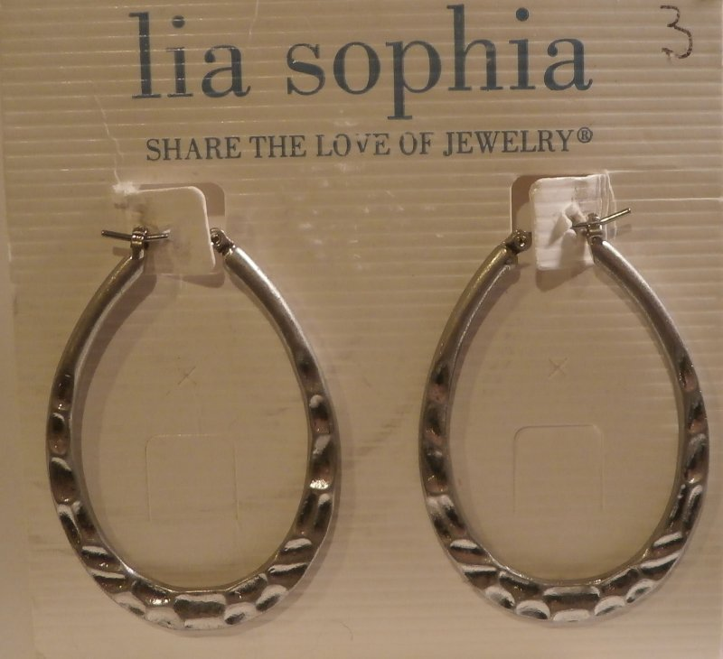 A Lia Sophia necklace or set in her favorite color is a simple and easy way to say,