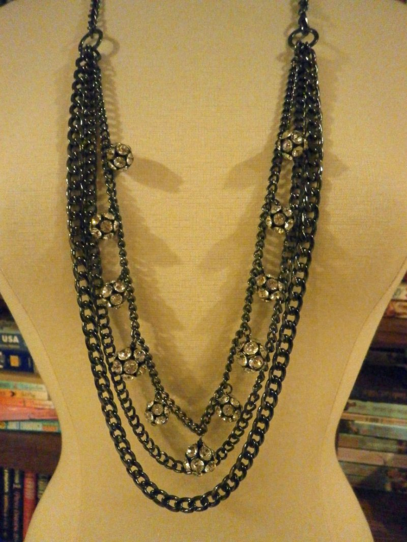 ALL DECKED OUT Retired Premier Designs Necklace