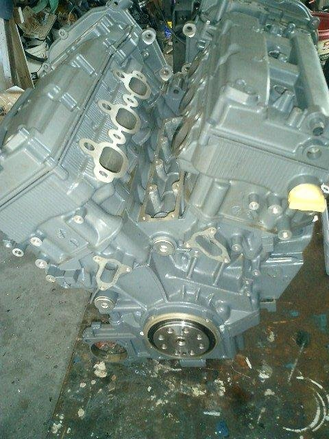 Image 0 of SUZUKI 200HP 225HP 250HP SUZUKI 4 STROKE POWERHEAD AND CYLINDER HEADS