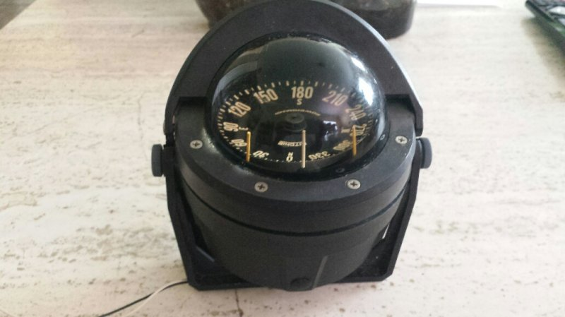 B-80 Ritchie Compass