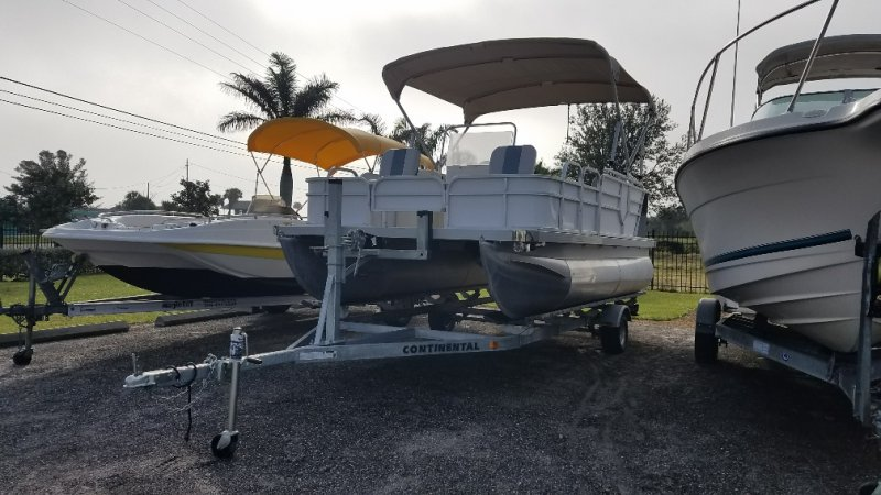 Image 2 of 2016  16' pontoon with trailer and engine