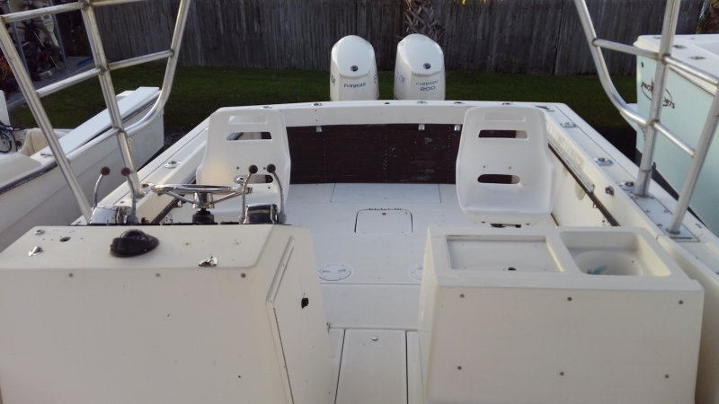 Image 9 of TIARA 2700 OFFSHORE CHARTER FISHING BOAT  $19,500 year 1988