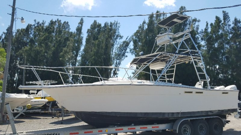 Image 1 of TIARA 2700 OFFSHORE CHARTER FISHING BOAT  $19,500 year 1988