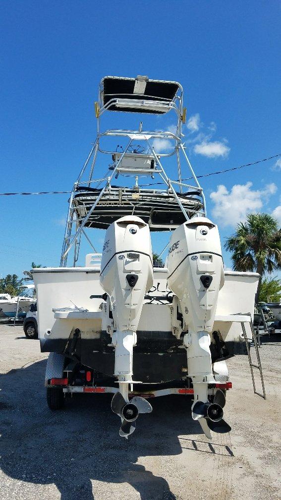 Tiara 2700 offshore boat