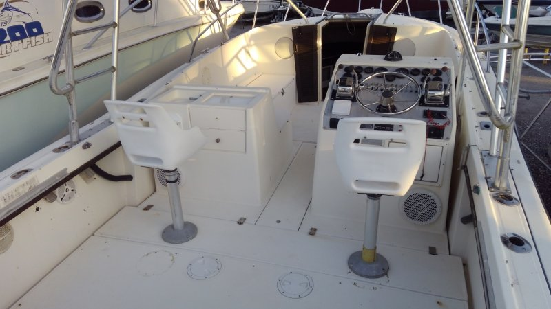 Image 7 of TIARA 2700 OFFSHORE CHARTER FISHING BOAT  $19,500 year 1988