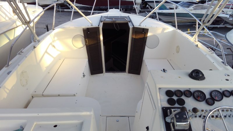 Image 8 of TIARA 2700 OFFSHORE CHARTER FISHING BOAT  $19,500 year 1988
